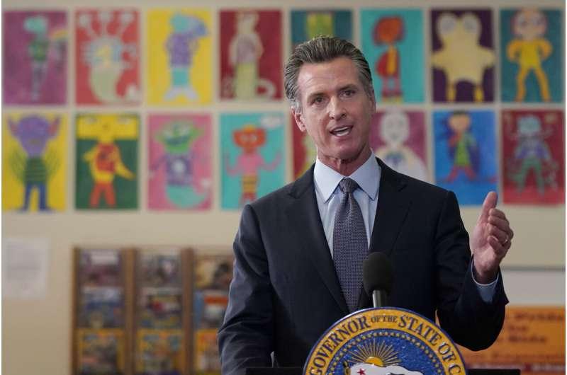 California pushes 1st US vaccine mandate for schoolchildren