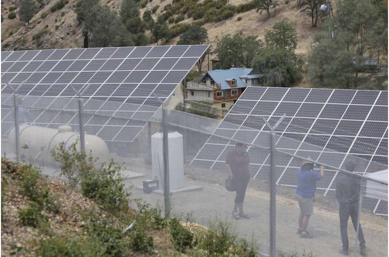 California tests off-the-grid solutions to power outages