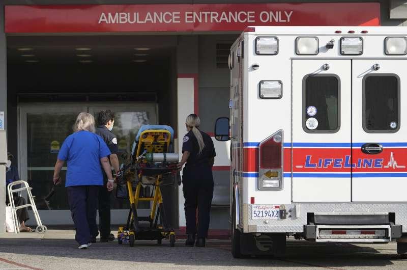 California virus deaths top 30,000 after deadliest weekend