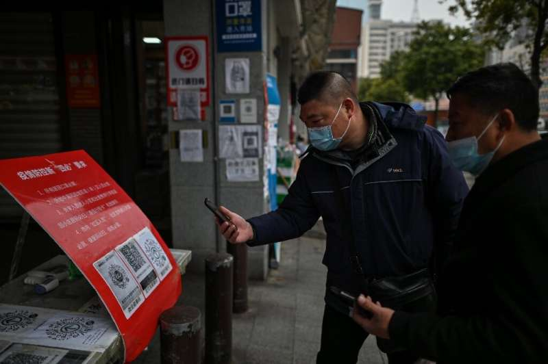 China adalah negara pertama yang mengadopsi sistem kode QR untuk mencatat hasil tes Covid dan melacak kontak