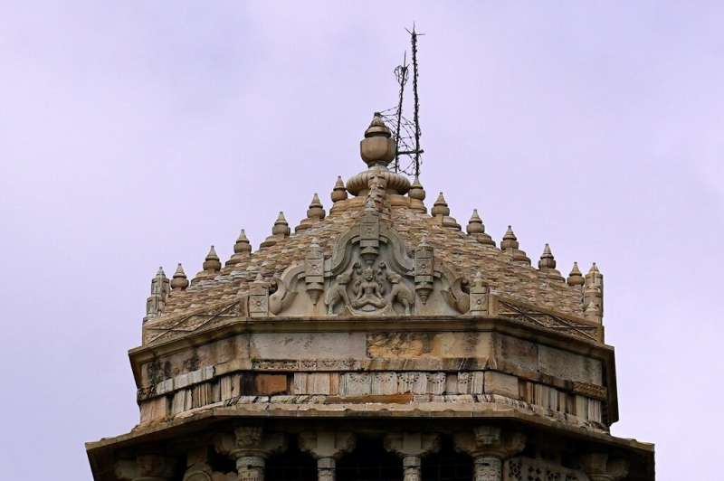 Chittorgarh Fort was damaged by a thunderbolt, which contains as much as a billion volts of electricity
