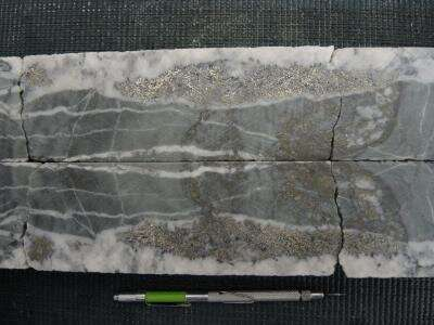 Clues from soured milk reveal how gold veins form