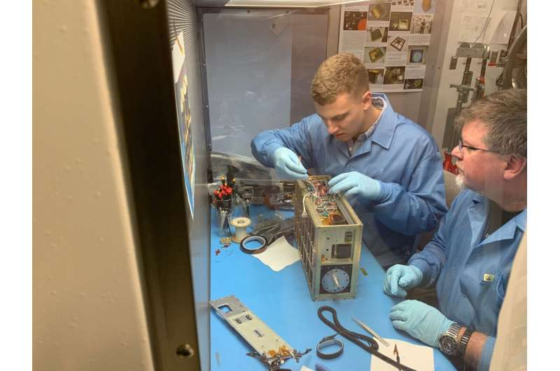 CuPID CubeSat will get new perspective on Sun-Earth boundary