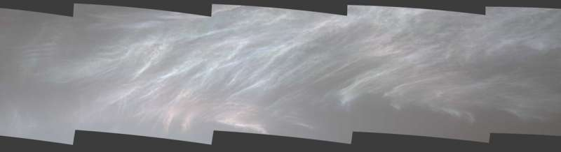 Curiosity rover captures shining clouds on Mars
