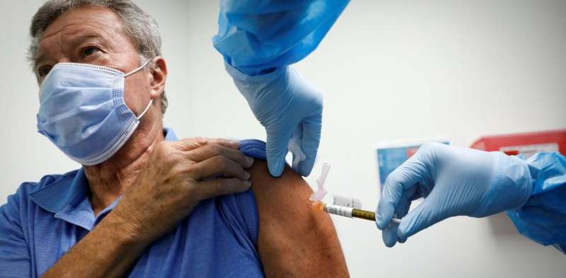 Delaying the second COVID vaccine dose – a medical expert answers key questions