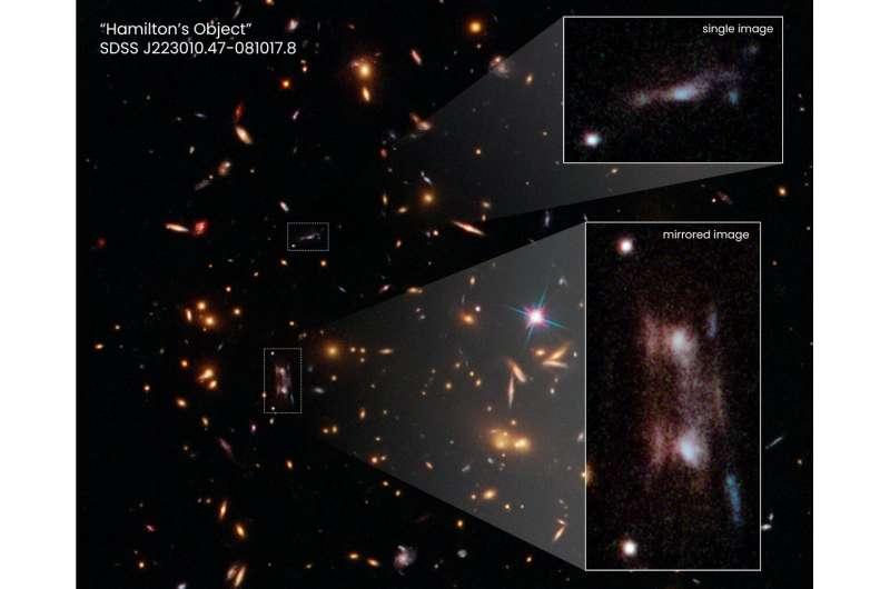 'Double' galaxy mystifies Hubble astronomers Double-galaxy-mystifie
