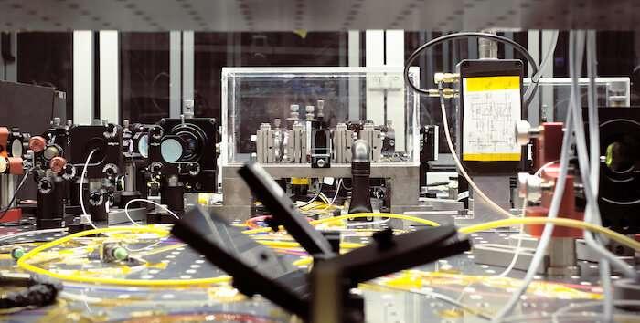 DTU researchers tighten grip on quantum computer