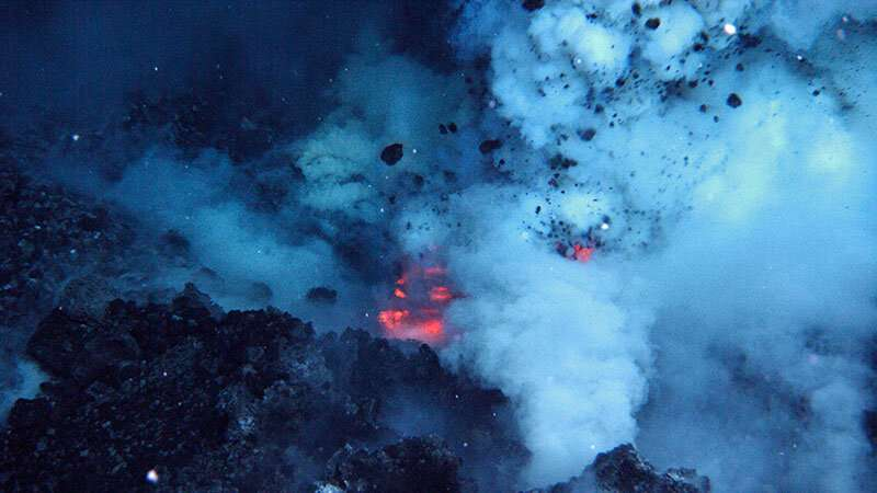 Energy unleashed by submarine volcanoes could power a continent