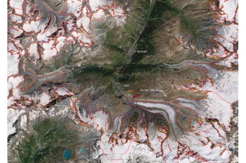 ESA astronaut joins glacier expedition in Alps