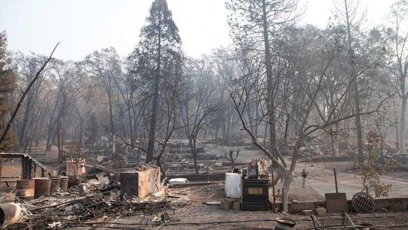 Evacuating under dire wildfire scenarios