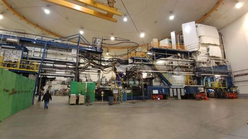 Experiment to precisely measure electrons moves forward