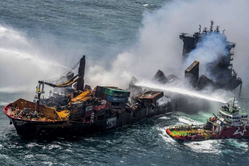 Experts fear the MV X-Press Pearl is in imminent danger of sinking