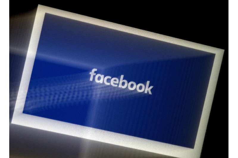 Facebook will be showing its own pop-ups to users of Apple devices to make its case for allowing targeted advertising as the iPh