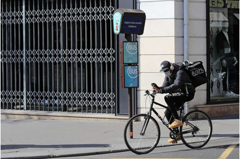Food delivery companies in France pledge to cut waste