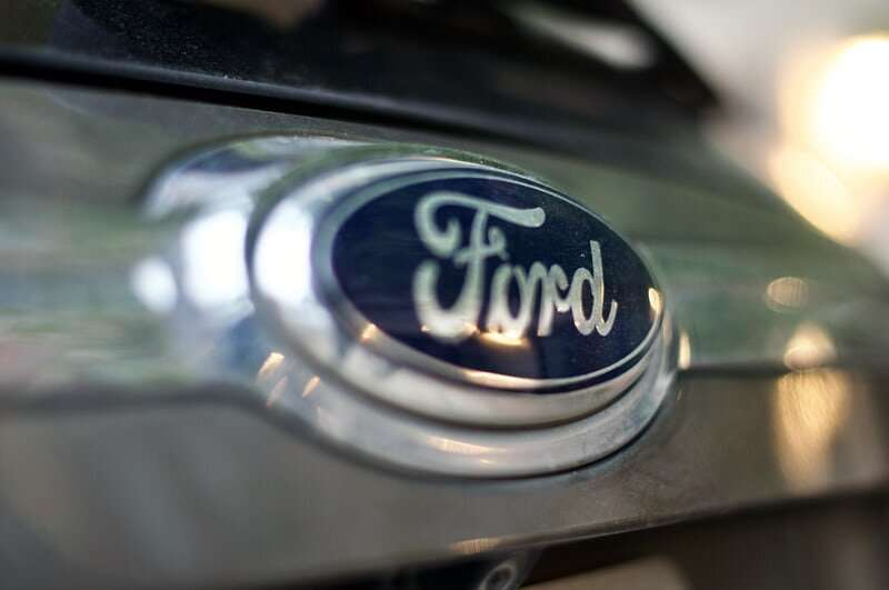 Ford announces infotainment screens to show ads from local billboards