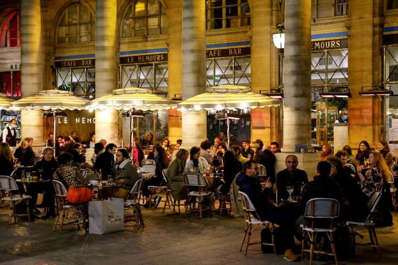 French cafes and bars are set to reopen their terraces on May 19