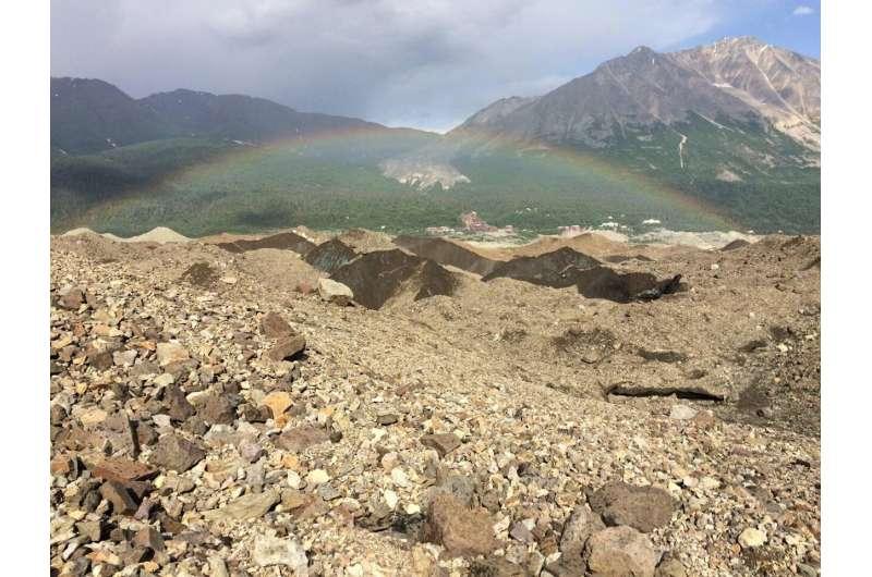 Global study of glacier debris shows impact on melt rate