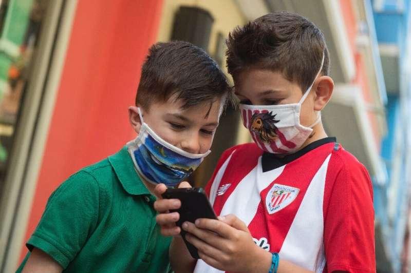 Google dévoile de nouvelles mesures visant à protéger les enfants et les adolescents contre le suivi ou l'exposition à du contenu mature