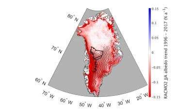 Greenland becoming darker, warmer as its snow ages and changes shape