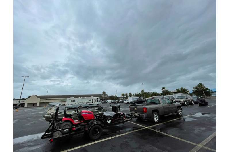 Gulf coast eyes strong but disorganized tropical weather