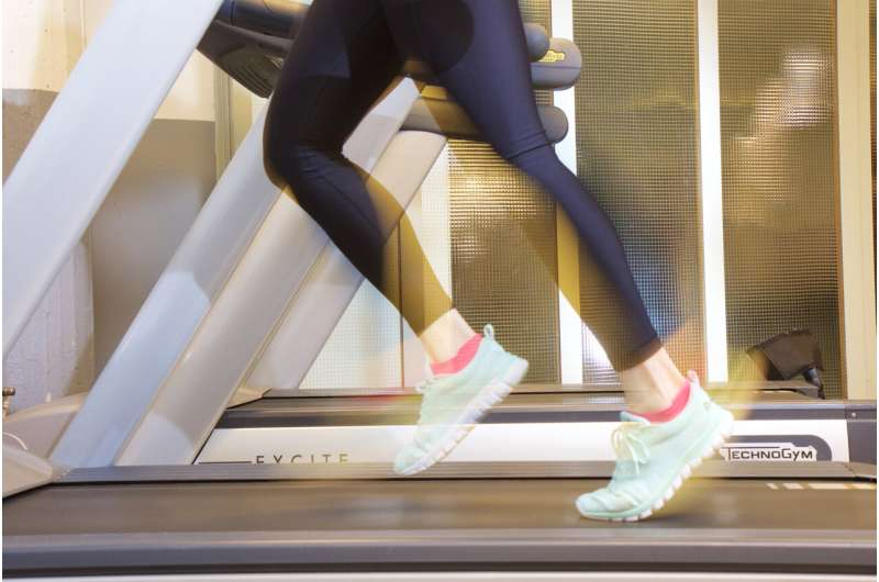 High genetic running capacity promotes efficient metabolism with aging