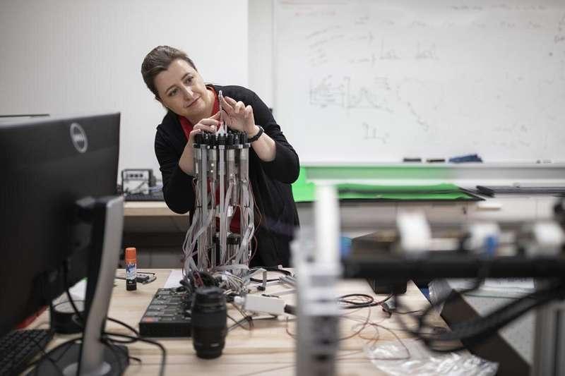 Comment un robot élancé ressemblant à un serpent pourrait donner aux médecins de nouvelles façons de sauver des vies