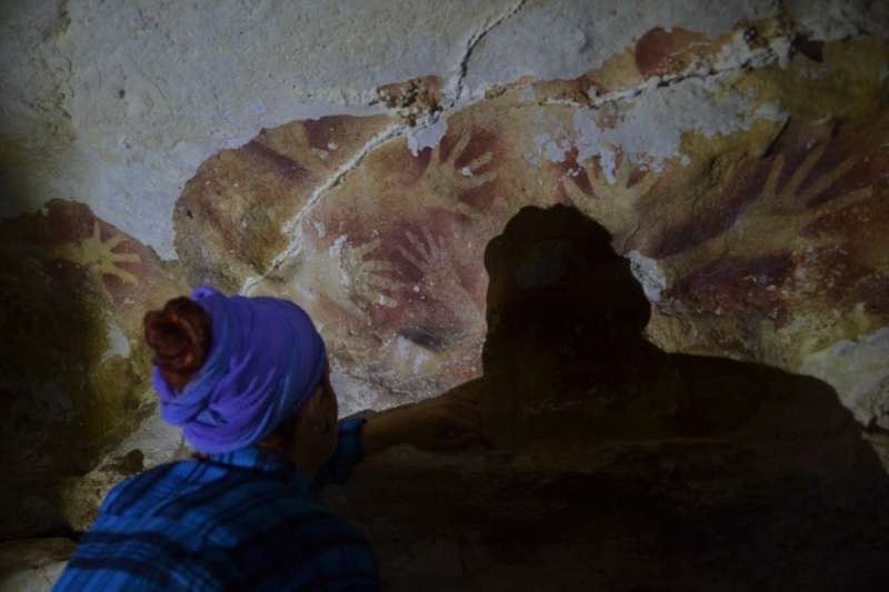 How climate change is erasing the world's oldest rock art