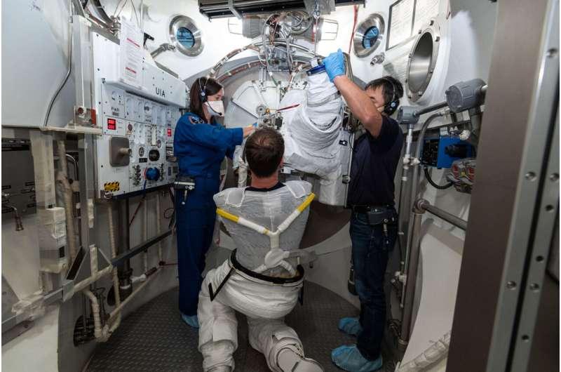 How to keep spacesuit 'underwear' clean?