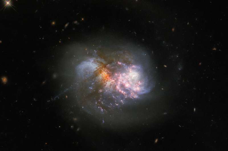 Hubble images a dazzling dynamic duo Hubble-images-a-dazzli