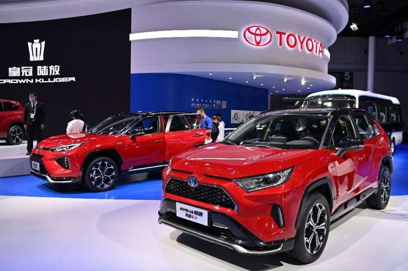Plug-in versiyonları da dahil olmak üzere hibritlerin, Toyota'nın 2025'teki satışlarının yüzde 80'ini oluşturması bekleniyor.