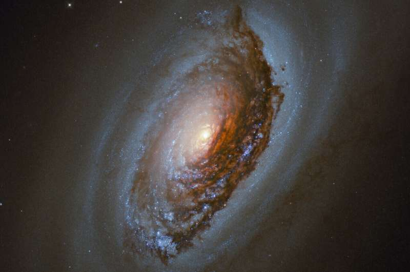 Image: Hubble looks at a 'black eye' galaxy