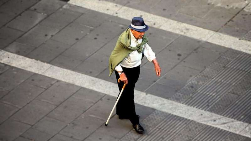 Immune protein may link chronic inflammation and frailty in older adults