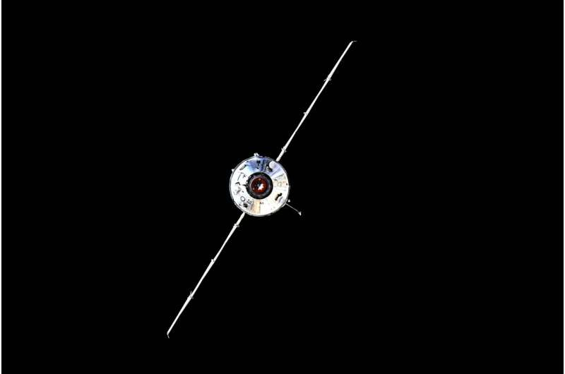 Impact of space station spin requires study, official says