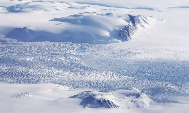 In 2019, Greenland cast off more than half-a-trillion tonnes of ice and meltwater, accounting for 40 percent of total sea level