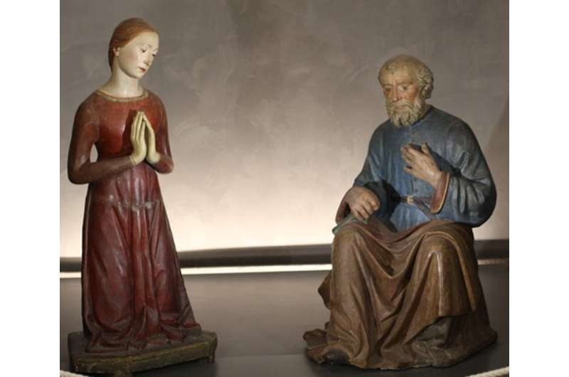 Italian Renaissance: Belief in touch as salvation was stronger than fear of contagion