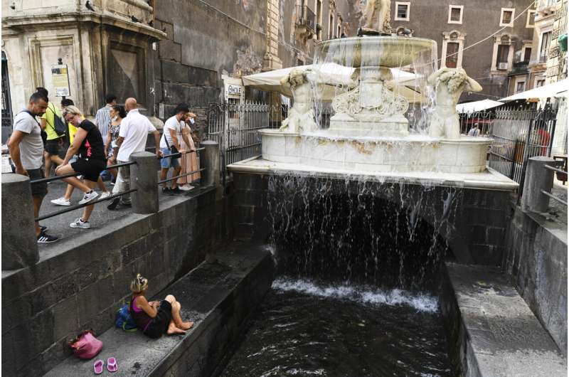 Italy swelters as Spain, Portugal brace for coming heat wave