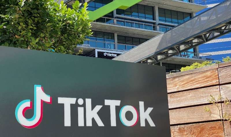Job seekers can now apply for open positions on social network TikTok