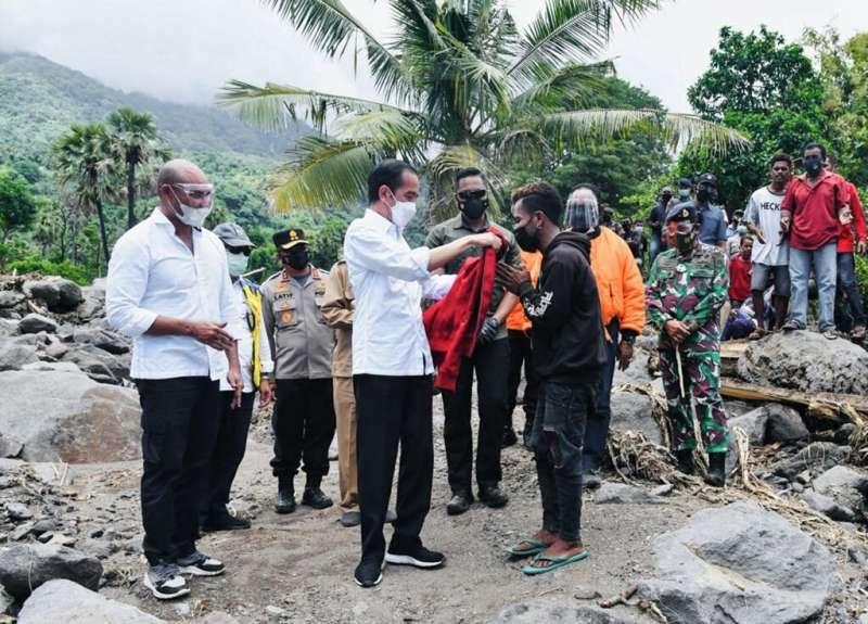 Joko Widodo arrived in hard-hit Lembata island Friday morning