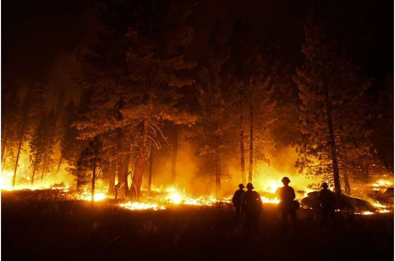 Lake Tahoe resort city OK for now, wildfire fight not over