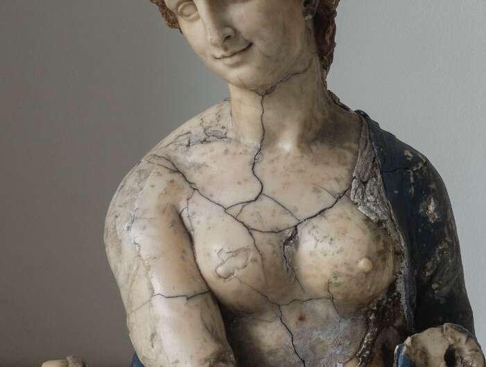 Leonardo da Vinci definitely did not sculpt the Flora bust