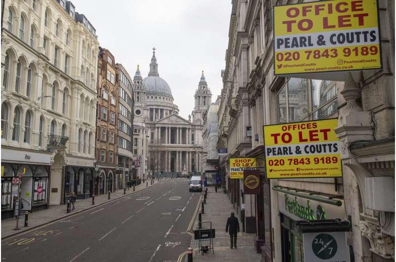 London mayor seeks help as UK sees record new virus deaths thumbnail