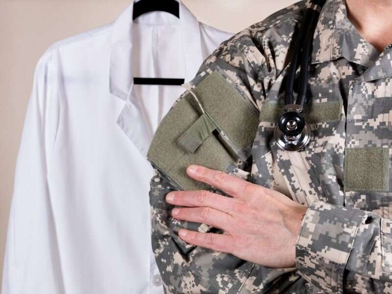 Many U.S. troops refusing COVID-19 vaccination