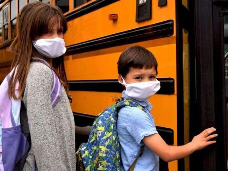 Mask mandates in schools curb infections, CDC studies show