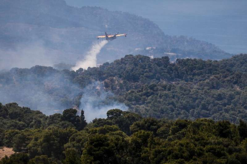More than 270 firefighters have been fighting the blazes on the Geraneia mountain range