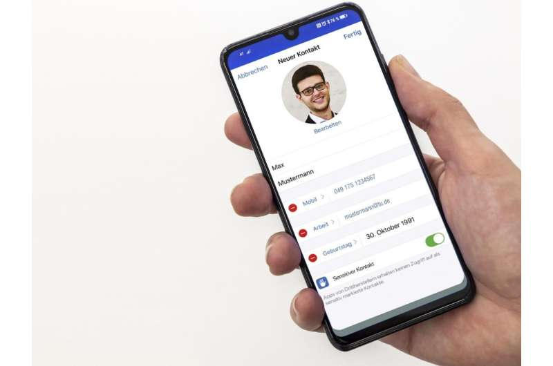More privacy when using WhatsApp, Signal and Co.