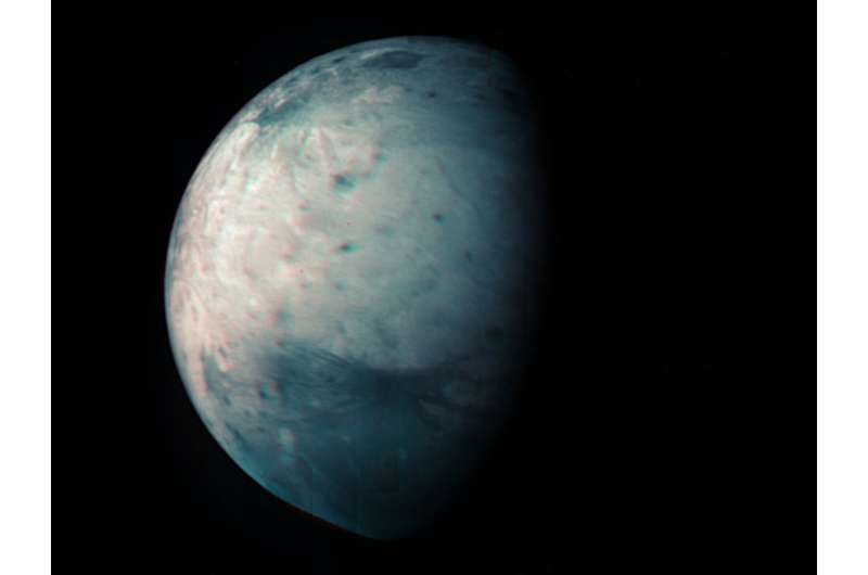 NASA's juno celebrates 10 years with new infrared view of moon Ganymede