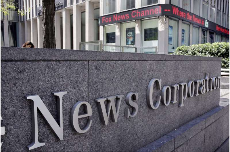 News Corp. buys Houghton Mifflin Harcourt books division
