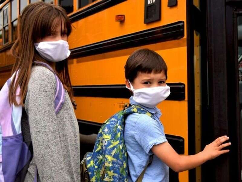 Pediatricians' group: all school kids, staff should continue to wear masks