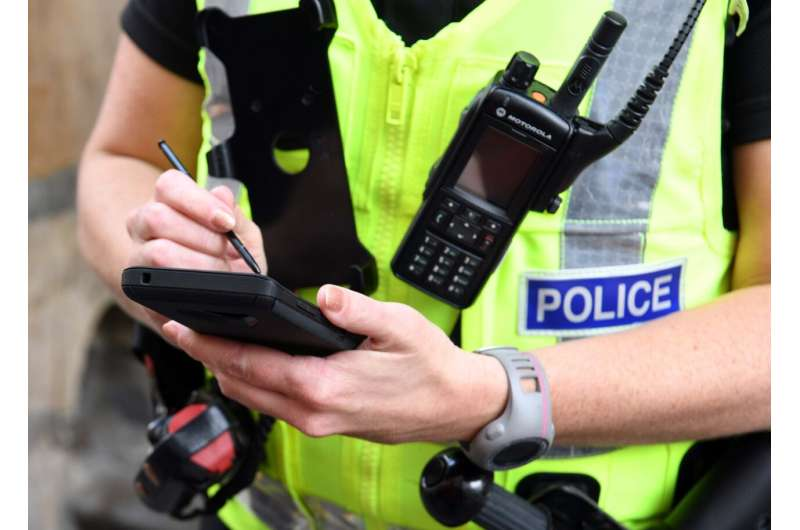 Positive impact for Scotland's police officers equipped with mobile devices
