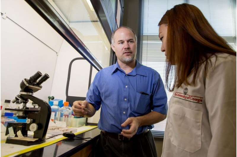 Protein in prostate cancer may inhibit tumor growth